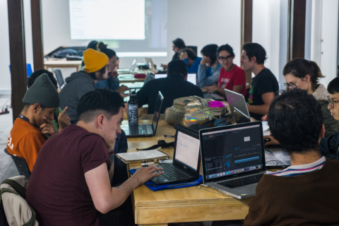 Aplazado el laboratorio Poesía y código